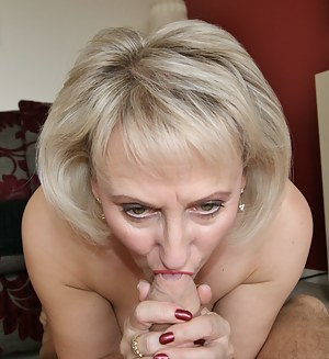 Free MILF Blowjob Porn Pictures